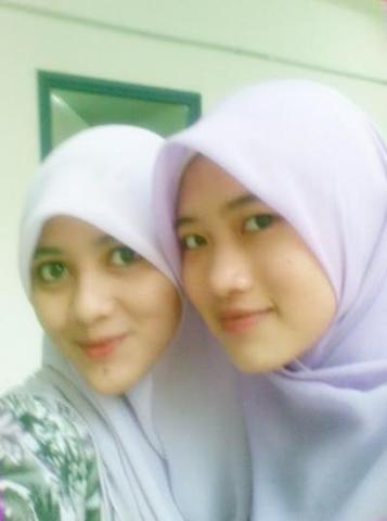 https://duniatehnikku.files.wordpress.com/2011/02/gadis2bmanis2bcantik2bseksi2b12.jpg?w=222
