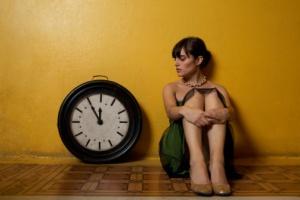 https://duniatehnikku.files.wordpress.com/2011/05/girl-clock.jpg?w=300