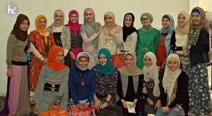 https://duniatehnikku.files.wordpress.com/2011/06/hijaberscommunity-noorg.jpg?w=300