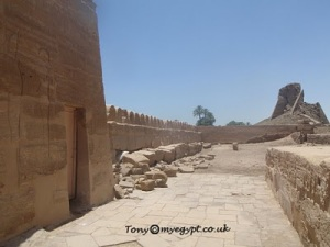 10 Tembok yang Bersejarah di Dunia